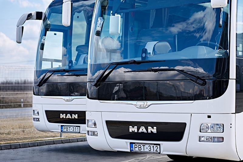 kisbuszkölcsönzés, minibuszkölcsönzés