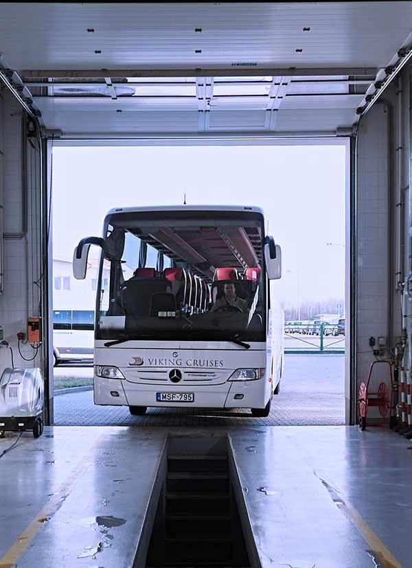 Autóbusz szerviz, minibusz szerviz, autóbusz szerviz, minibusz szerviz, autóbusz szerelő
