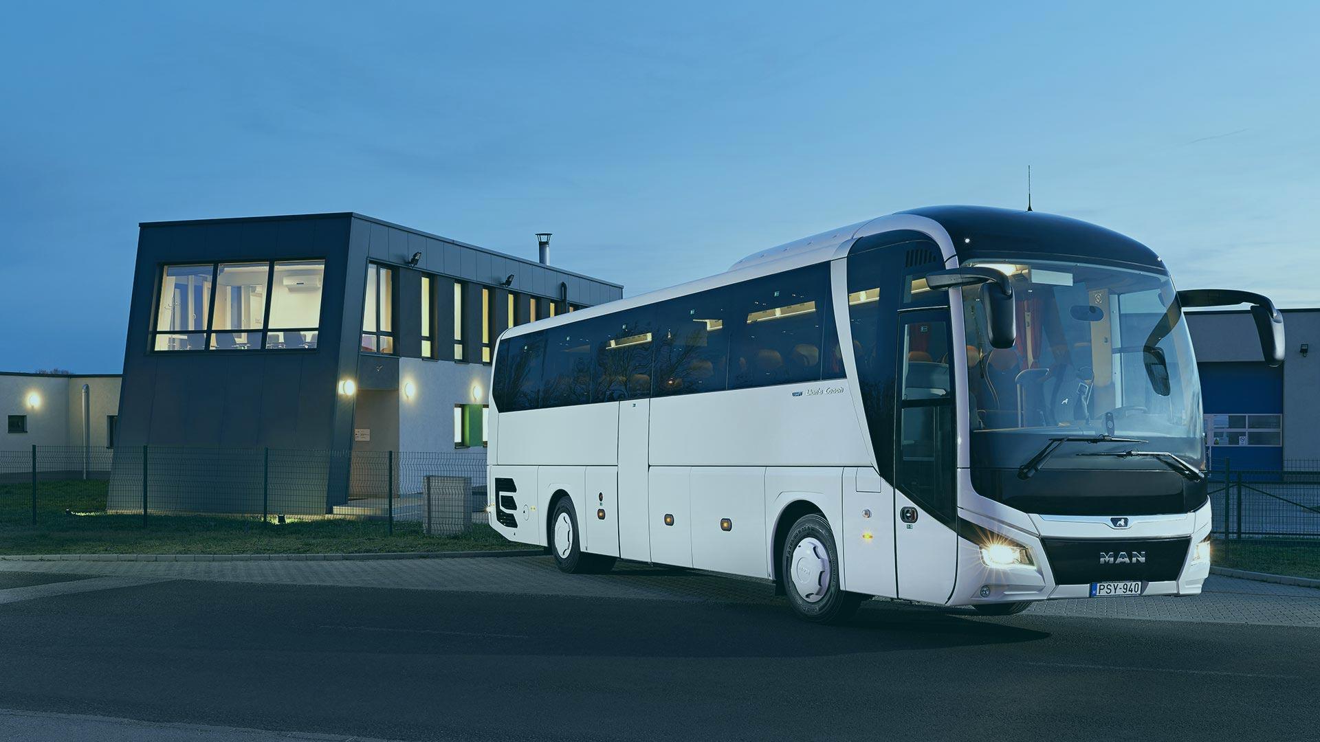 kisbuszbérlés, buszbérlés sofőrrel, minibuszbérlés, autóbusz bérlése