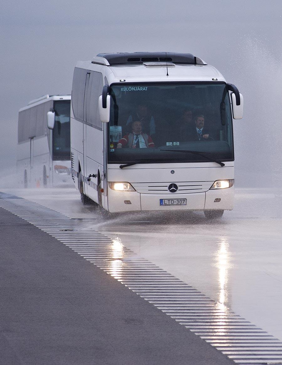 buszbérlés, minibuszbérlés, buszkölcsönzés