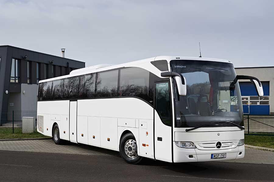 Buszbérlés autóbuszbérlés autóbusz Mercedes Benz Tourismo