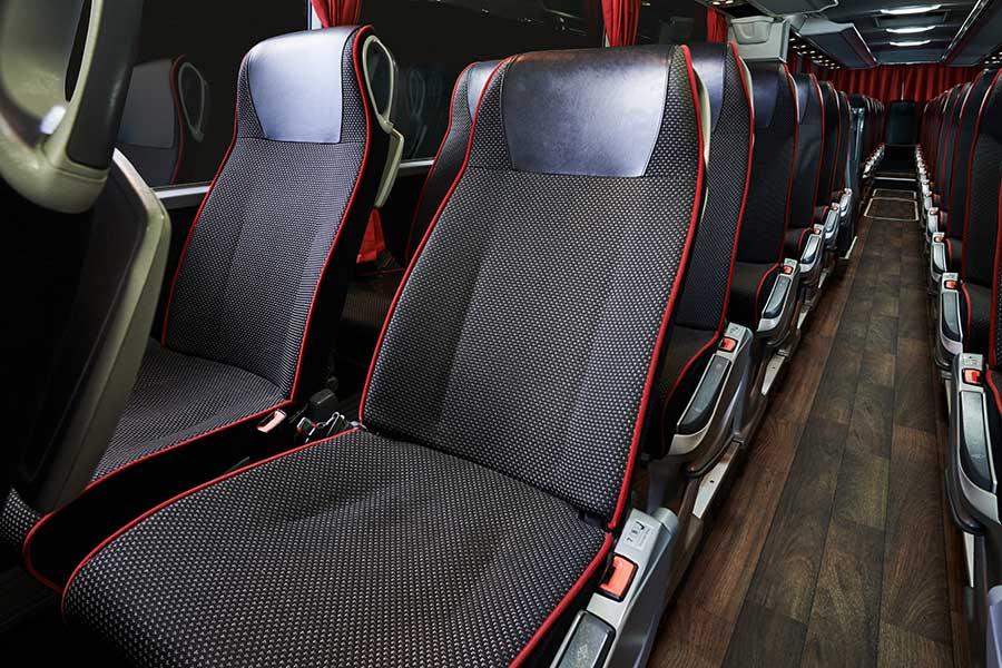 Buszbérlés autóbusz bérlés autóbusz Mercedes Benz Tourismo