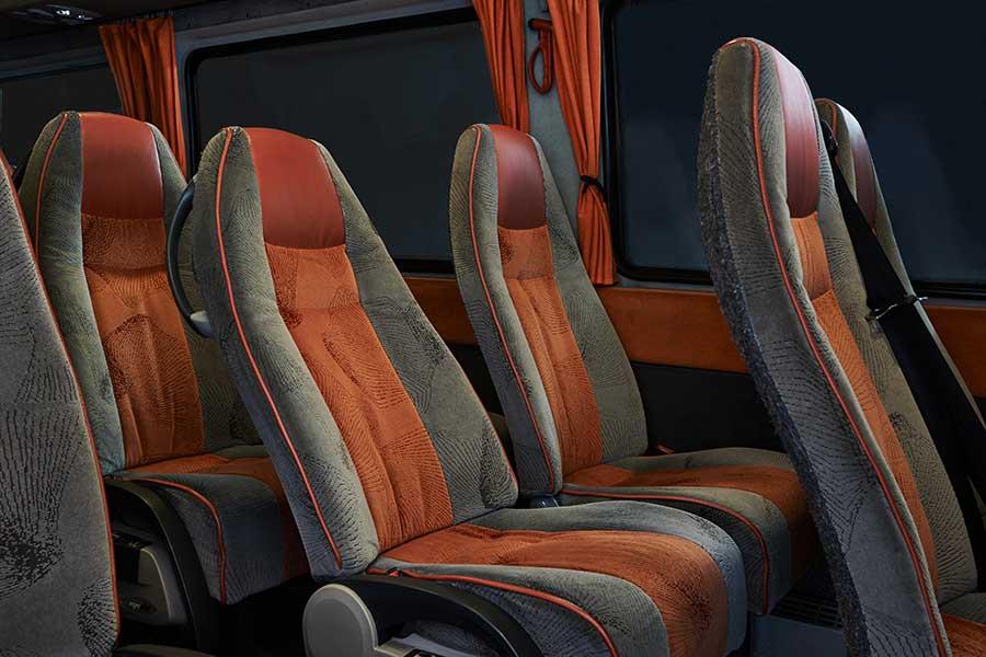 Kisbusz bérlés, minibusz bérlés, minibusz, Mercedes Sprinter